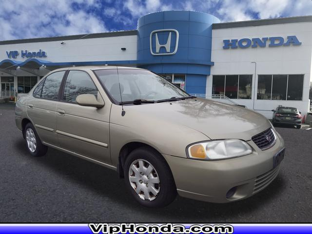 Pre-Owned 2000 Nissan Sentra XE