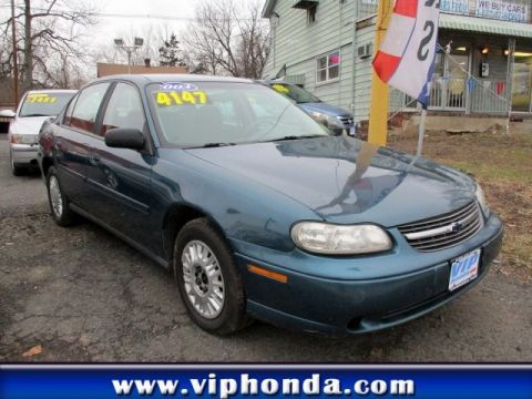 Pre-Owned 2003 Chevrolet Malibu Front Wheel Drive Sedan